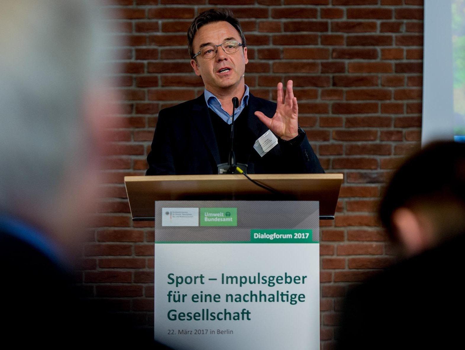 """Dialogforum 2017 """"Sport – Impulsgeber für eine nachhaltige Gesellschaft"""" nachhaltiger Sport"""